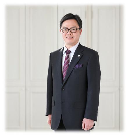 代表取締役社長  右柳大輔