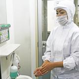 作業員の入室前の手洗い・アルコール消毒